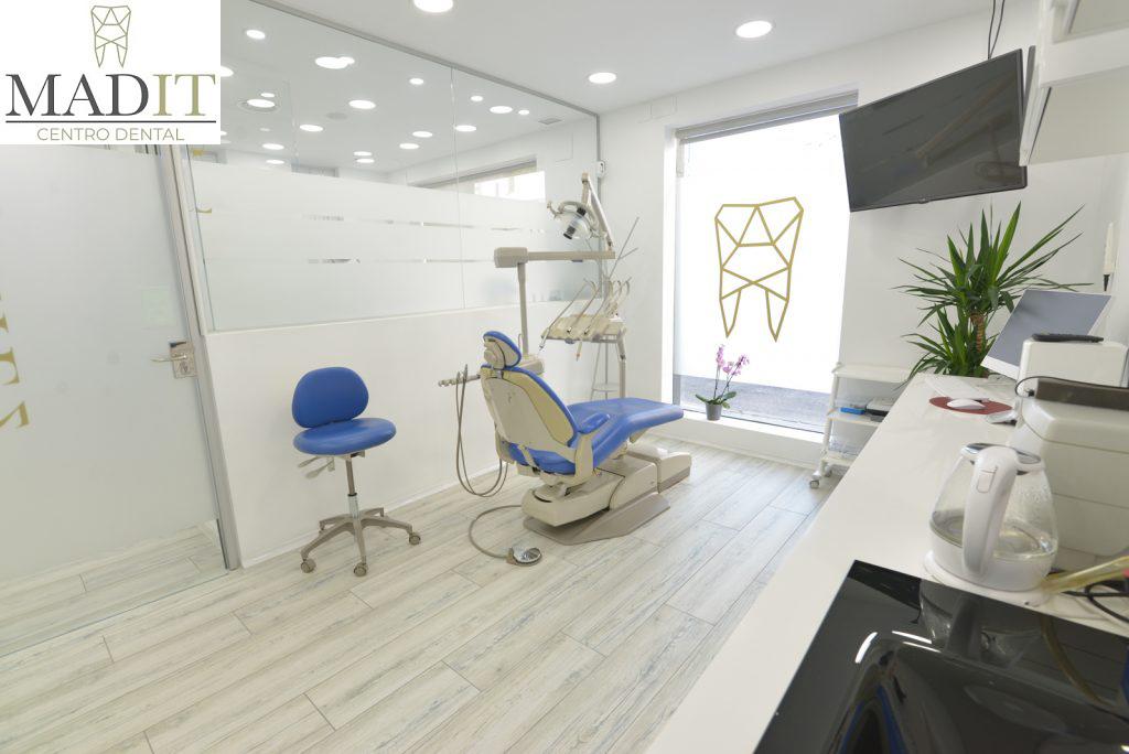 Tu clínica dental de confianza y familiar está en Vallecas
